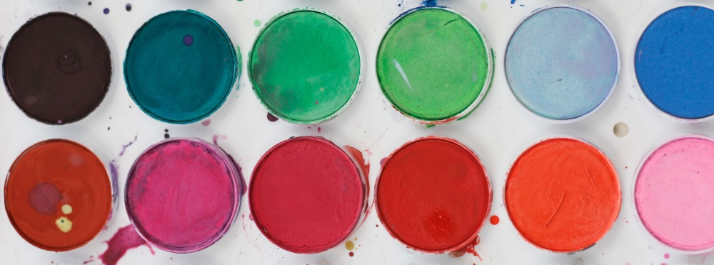 Environmentally friendly green paints